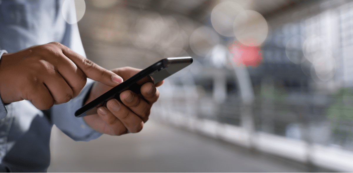 How to block text messages on an iPhone