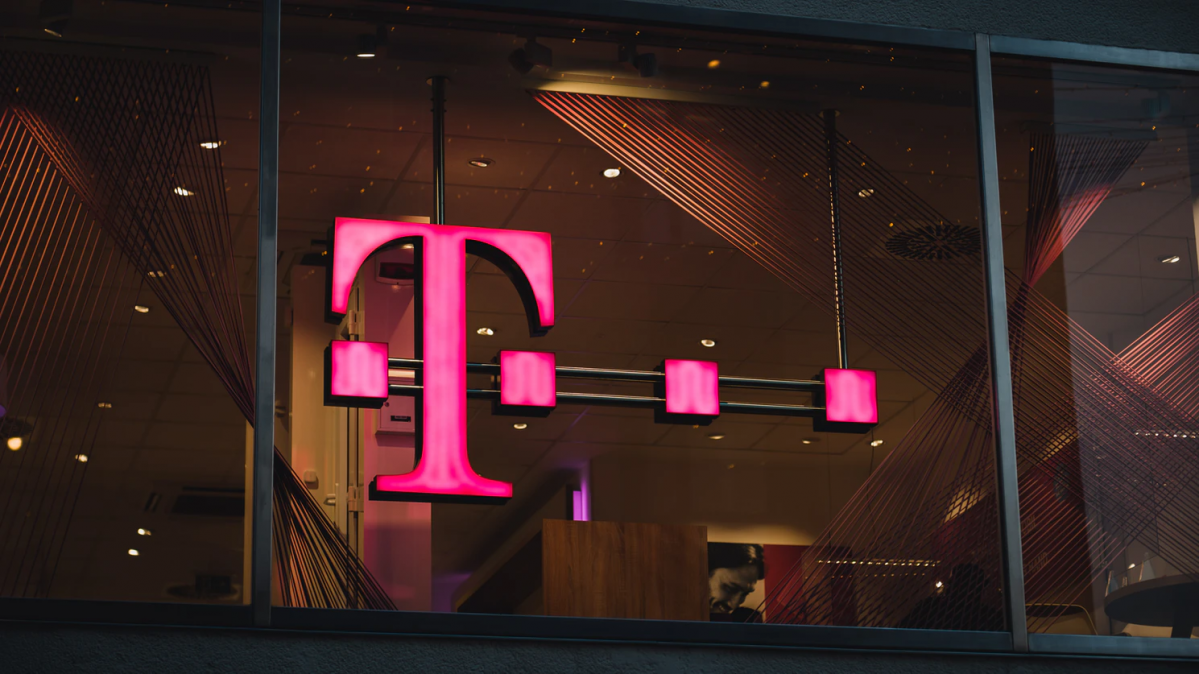 Love-Hate T-mobile? Cancel or Manage your T-mobile account with our new guide on T-mobile.
